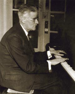 Joyce playing piano